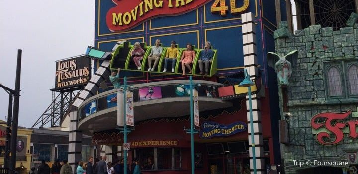 Ripley's Moving Theater1
