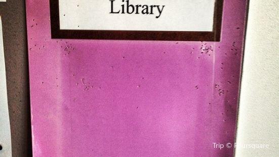 Carlton Library