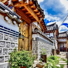 Bukchon Hanok Village User Photo
