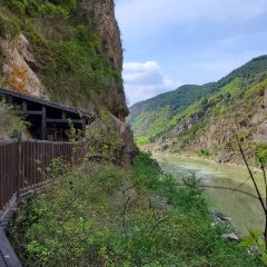 Mingyue Gorge Ancient Plank Road Relic Site User Photo