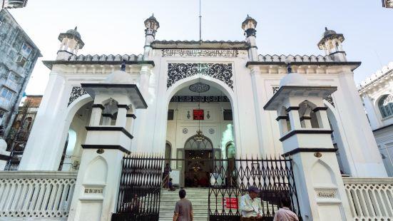 Surti Sunni Jamah Mosque