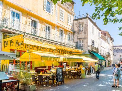 Van Gogh Cafe (Cafe La Nuit)