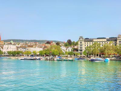 Lake Zurich, Eastern Bank