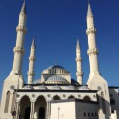 The Al Farooq Omar Bin Al Khattab Mosque And Centre User Photo