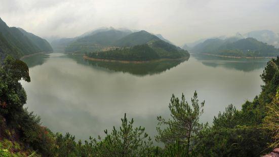 仙宮湖風景區