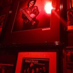 Rainbow Bar & Grill User Photo