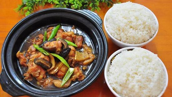 波波黃燜雞米飯(寧海東路店)