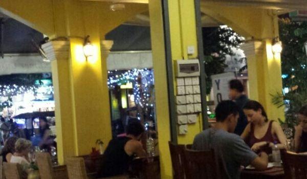 The Red Tomato Italian & Khmer Restaurant2