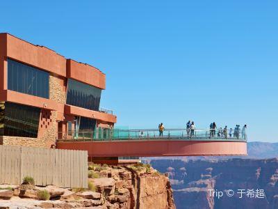 西峽谷玻璃橋
