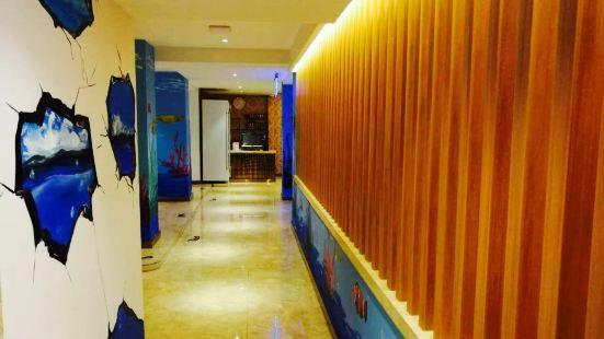 Xinhuanghe Bathing