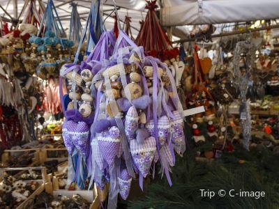維克圖阿立安市場