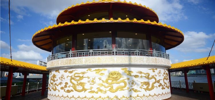 Huangpu River Dragon Boat Night Tour2