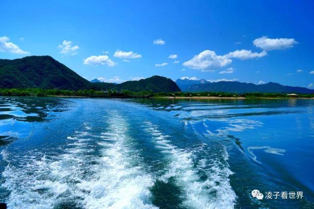 十一遠離喧囂,到靉河賞原生態的美景,這裡人少靜謐