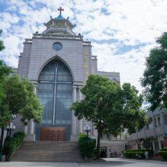기독교 취엔난당교회 여행 사진