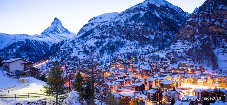 Zermatt Ski Areas2