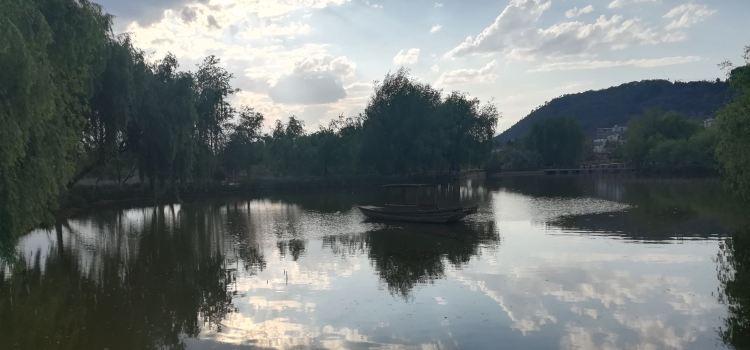 Xinhekou Lake Garden1