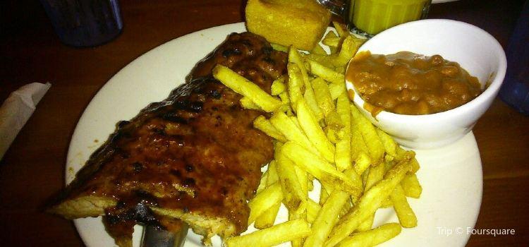 Montana's BBQ & Bar3