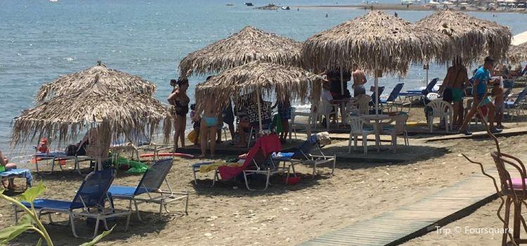 Faros Beach2