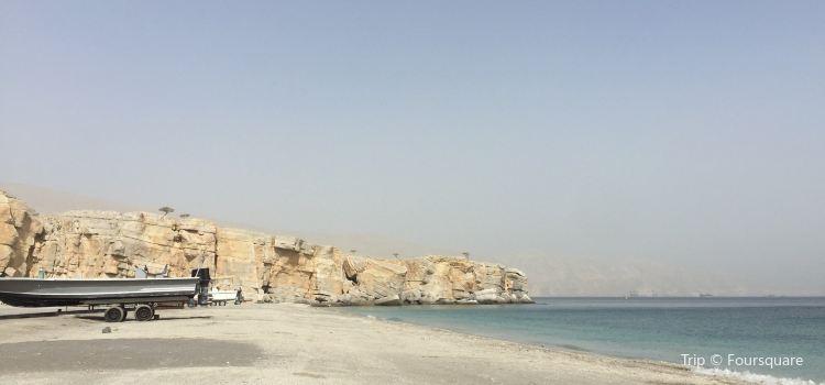 Bassa Public Beach1