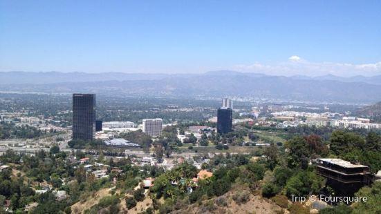 Universal City Overlook