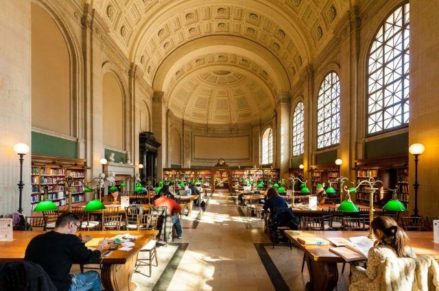波士頓公共圖書館
