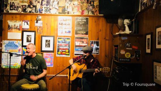The Fluke Inn