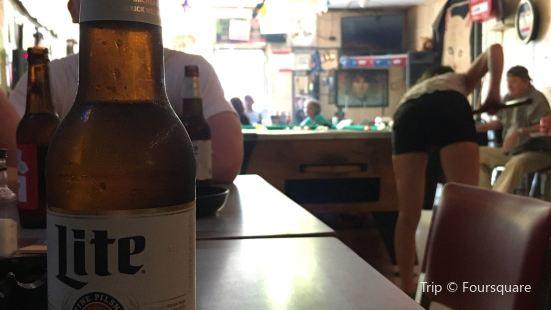 Fran's Eastside Tavern
