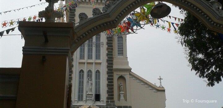 Huyện Sĩ Cathedral Church3
