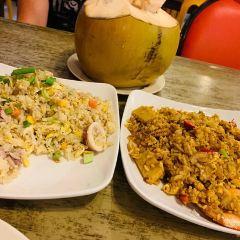Happy-Happy Cenang Seafood Restaurant User Photo