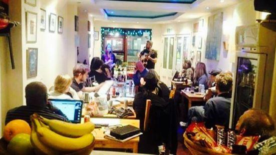 Winstons Cafe