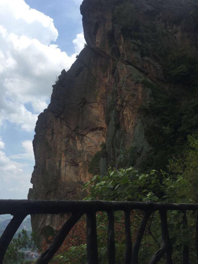 玻璃橋景區石牛寨