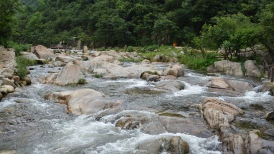 Yaojia Mountain Scenic Spot