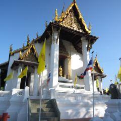 Wat Na Phra Meru User Photo