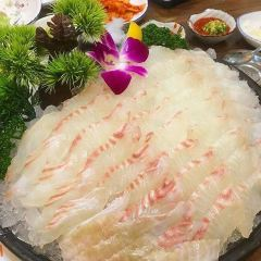 Maro Island Sashimi Shop User Photo