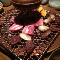 Charcoal brazier grilled meat Itozakura User Photo