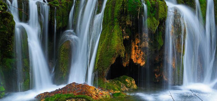 諾日朗瀑布3