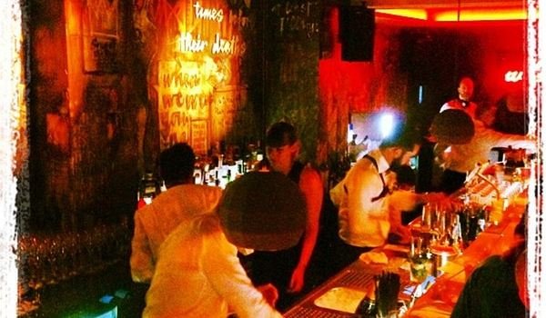 Chinaski No Bar, No Disco2