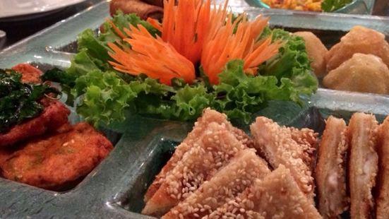Joe Louis Thai Cuisine - Asiatique