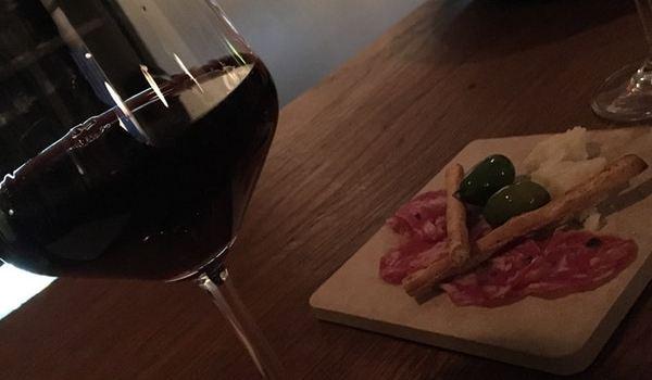Nebbiolo Winebar2