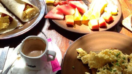 The Mango Tree Cafe