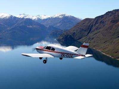 瓦納卡開飛機體驗