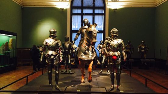 Hofjagd- und Rustkammer (Court Hunting and Arms Collection)