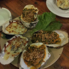Five Oysters User Photo