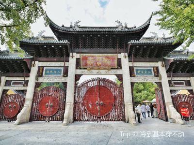 上海龍華旅遊城
