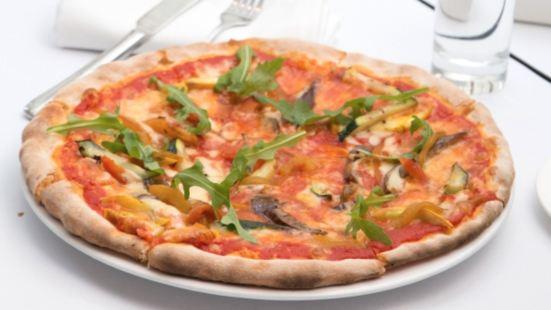 Carpaccio Pasta Pizza Vino