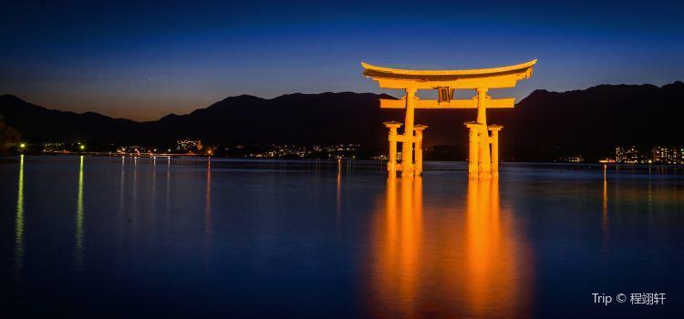 Itsukushima Shrine2