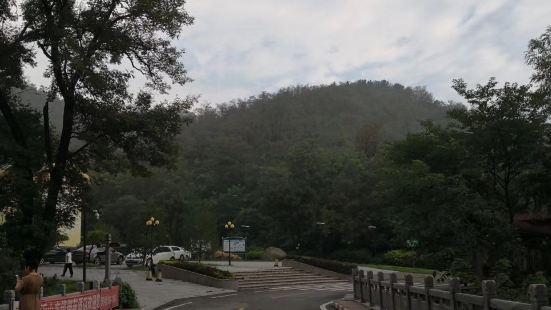 Yishan Dongzhen Temple