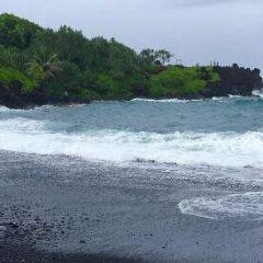 49 Black Sand Beach User Photo