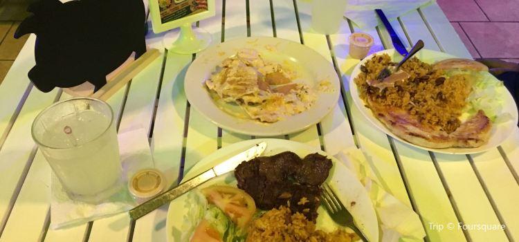 Fogata Bar and Grill2