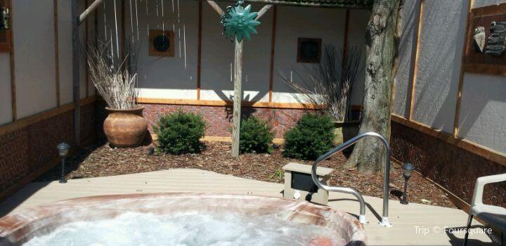 Oasis Hot Tub Gardens1